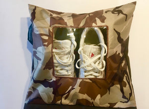 Camouflage dessert patterned shoe pouch with a square window