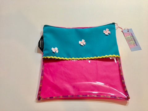 Children's shoe pouch with horizontal window