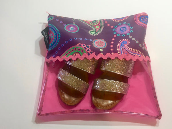 Patterned shoe pouch with a horizontal window