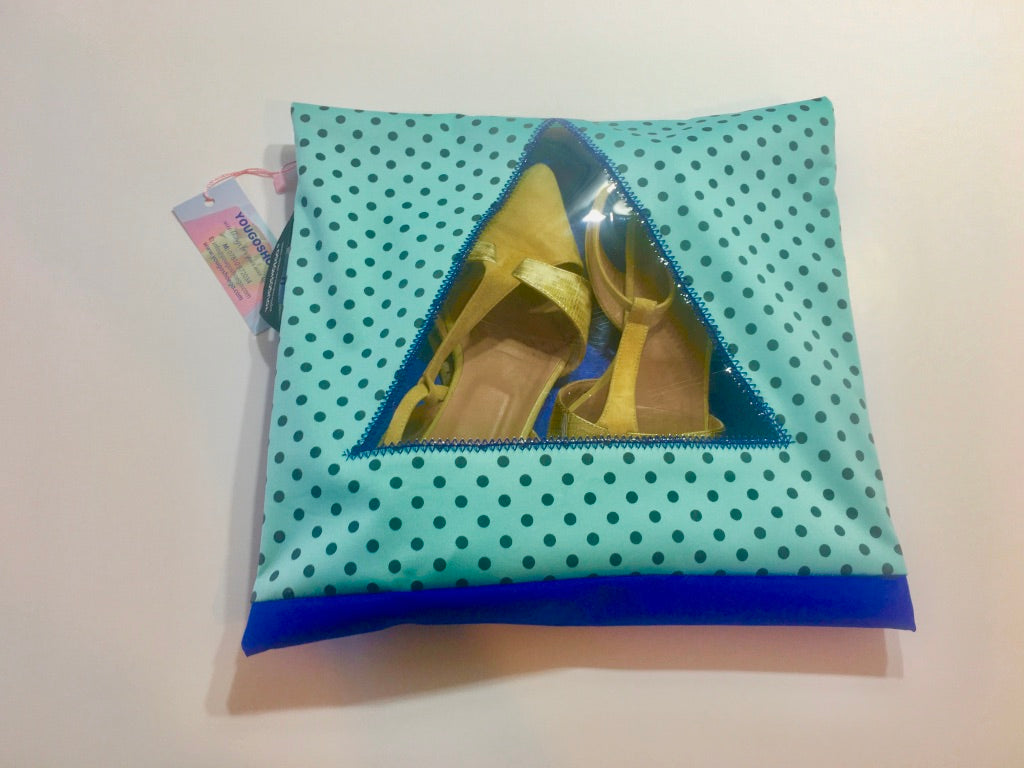 Patterned shoe pouch with a triangular window