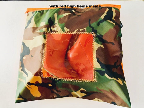 Fabulous pouch in camouflage print and orange with a square transparent window.