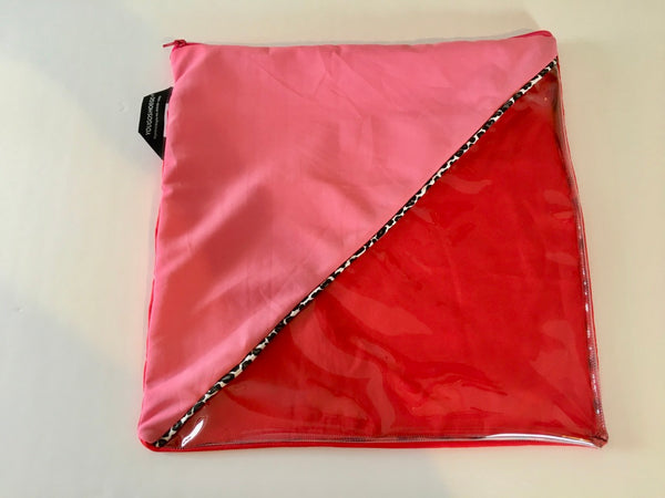 Shoe pouch with a diagonal window