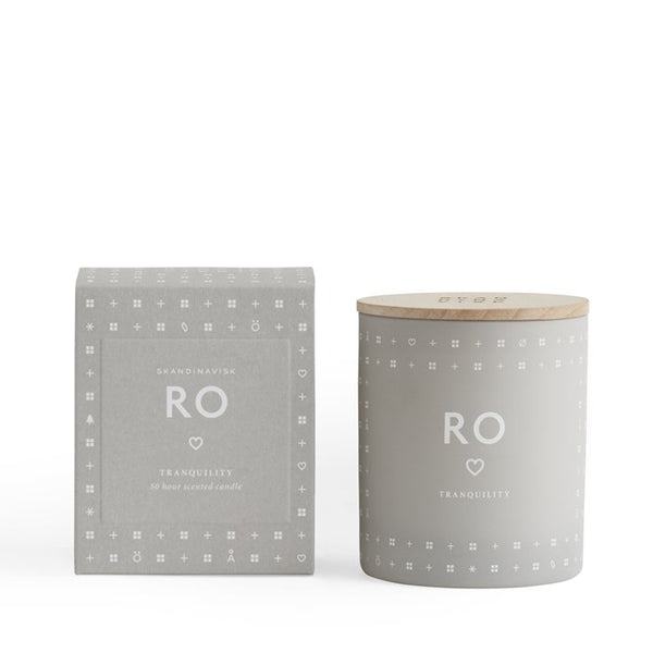 Skandinavisk scented candle - RO, Danish for 'calm'