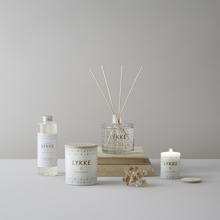 Skandinavisk scented candle - LYKKE, Danish for 'happiness'