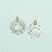 Load image into Gallery viewer, Brandi Earrings
