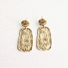 Load image into Gallery viewer, Rosalie Earrings