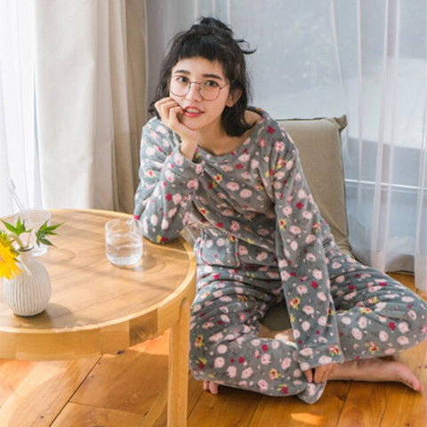 Warm Sexy Women Home Pajamas Set Cartoon Cat Embroidery Print Flannel Pyjama 2019 Top Fashion Spring/Winter Clothes