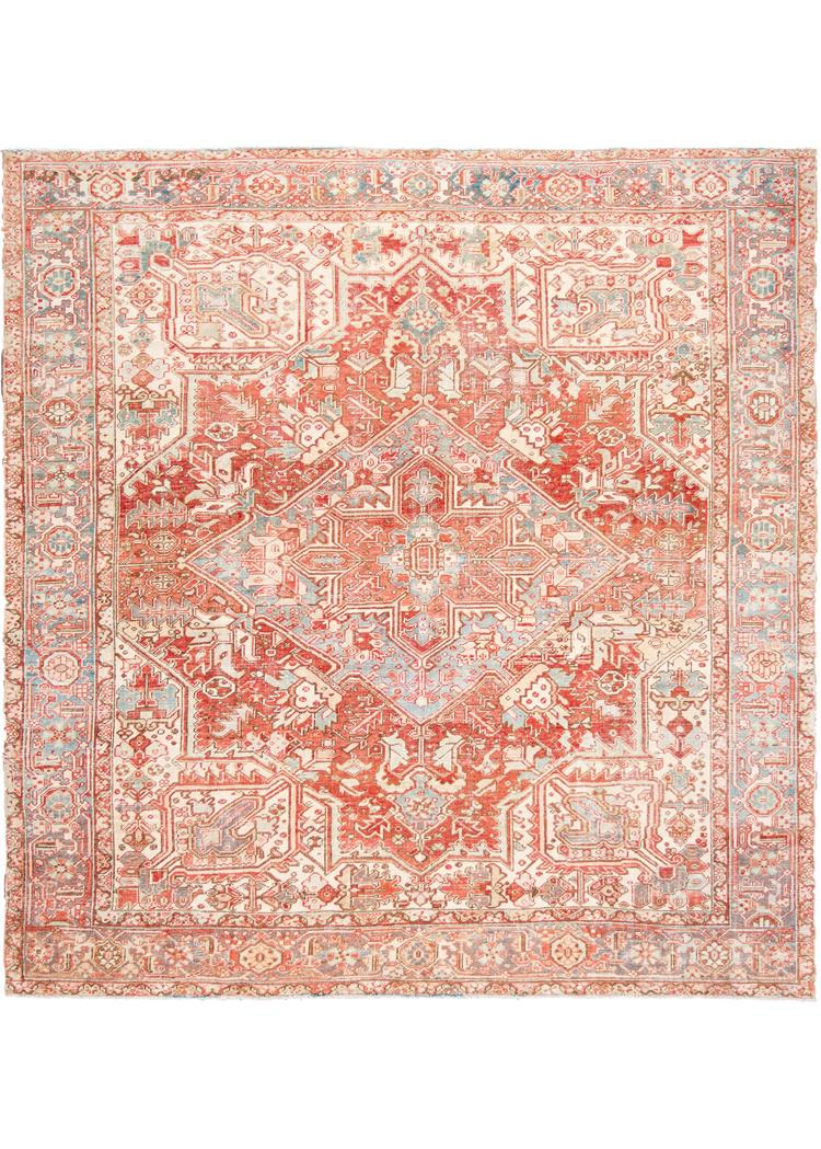Early 20th Century VIntage Heriz Rug 9' x 9'