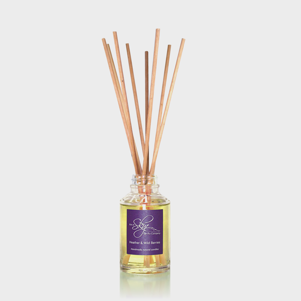 Heather & Wild Berries Reed Diffuser bottle