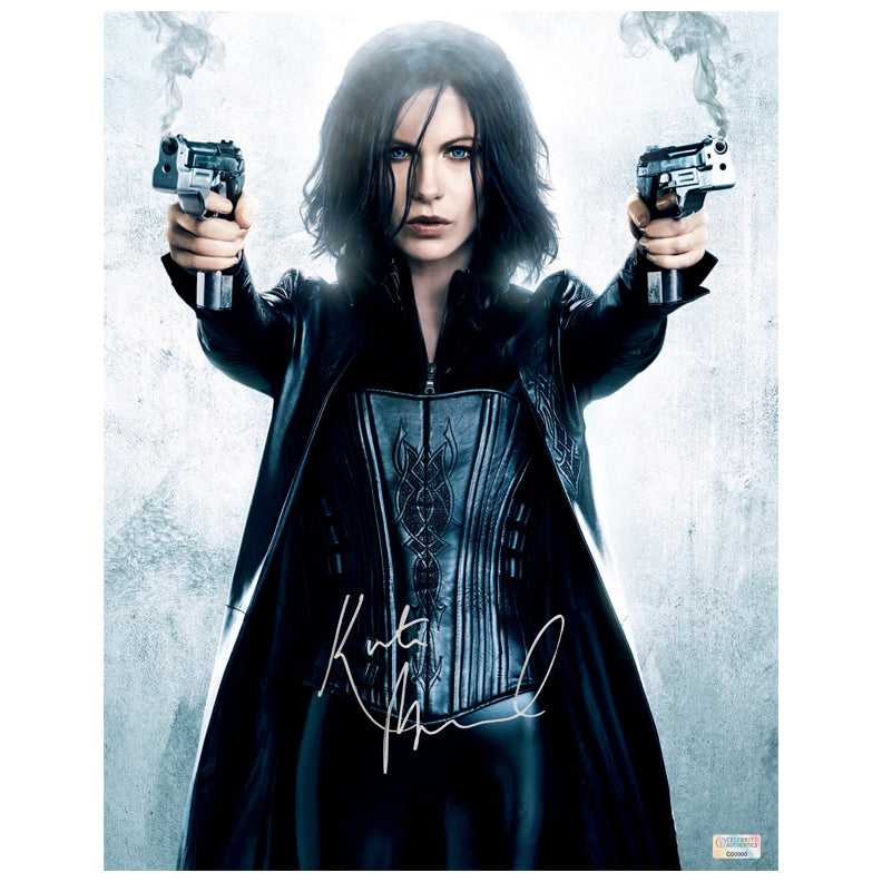 Kate Beckinsale Autographed Underworld Awakening 11×14 Photo