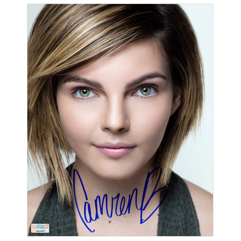 Camren Bicondova Autographed 8x10 Studio Photo