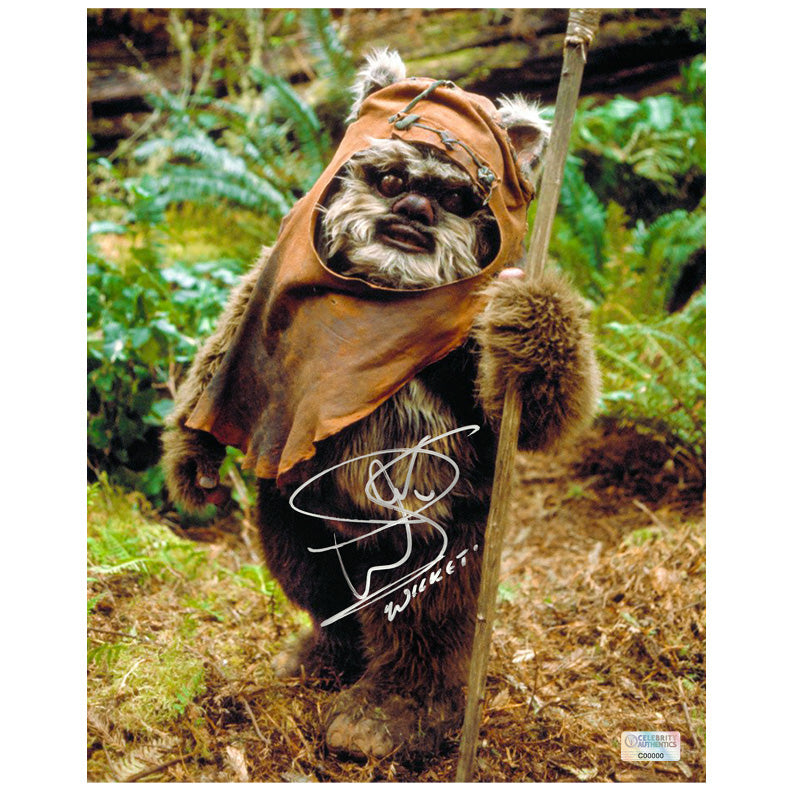 Warwick Davis Autographed Star Wars Return of the Jedi Wicket Ewok 8x10 Photo