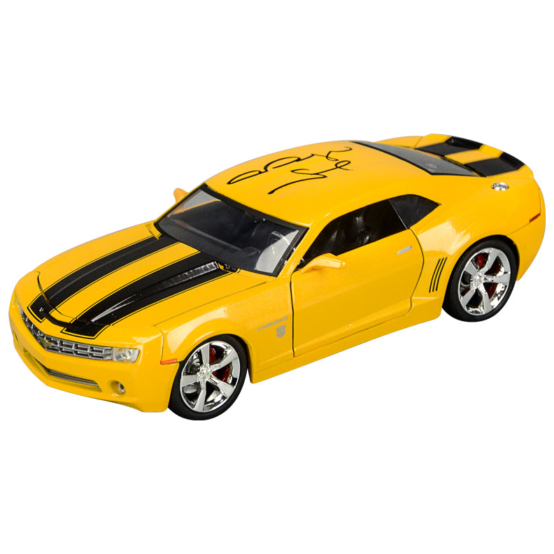 Megan Fox Autographed Transformers Bumblebee 2006 Camaro 1:24 Scale Die-Cast Car