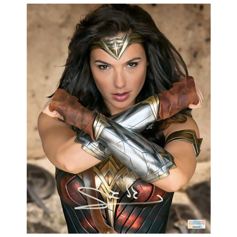 Gal Gadot Autographed Wonder Woman Princess Diana 8x10 Photo
