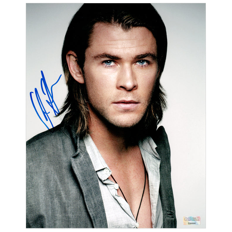 Chris Hemsworth Autographed Dashing 8x10 Studio Photo