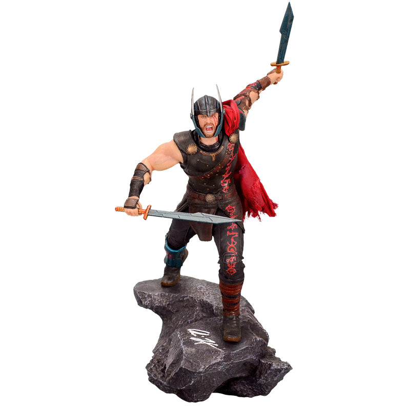 Chris Hemsworth Autographed Thor Ragnarok Iron Studios Art Scale 1/10 Statue