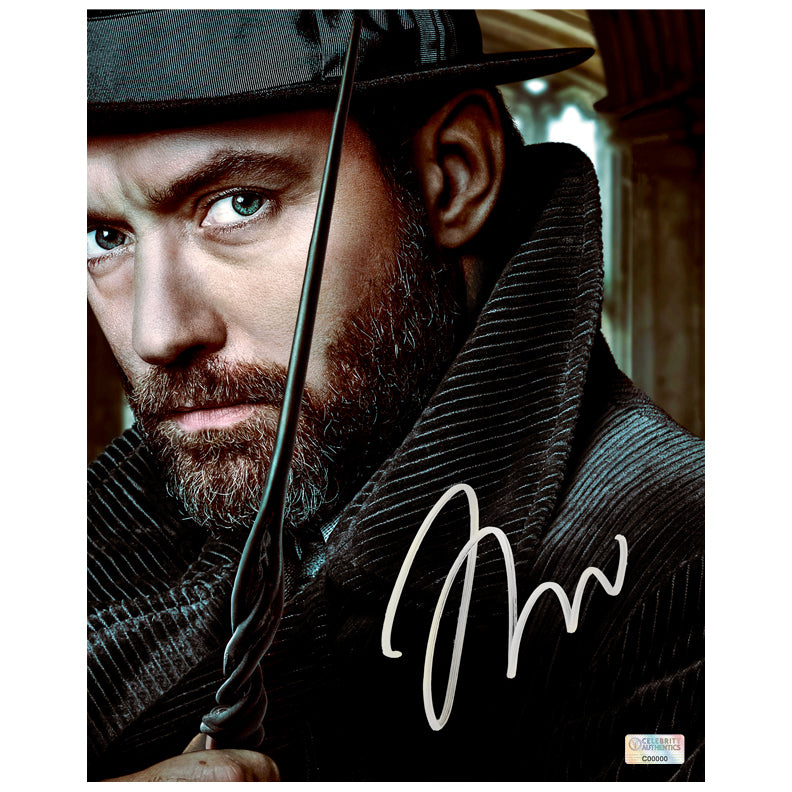 Jude Law Autographed Fantastic Beasts and Where to Find Them Albus Dumbledore 8×10 Portrait Photo