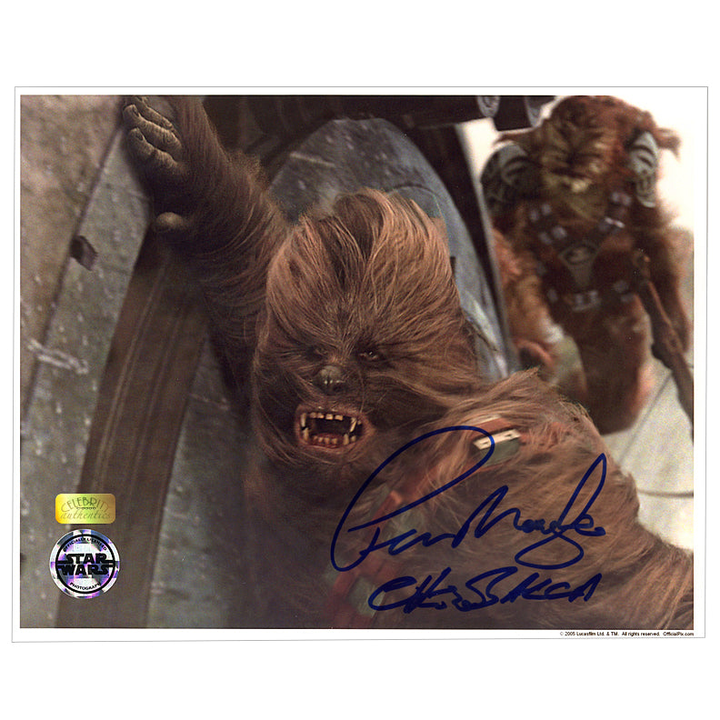 Peter Mayhew Autographed Star Wars Battle Ready Chewbacca 8×10 Photo