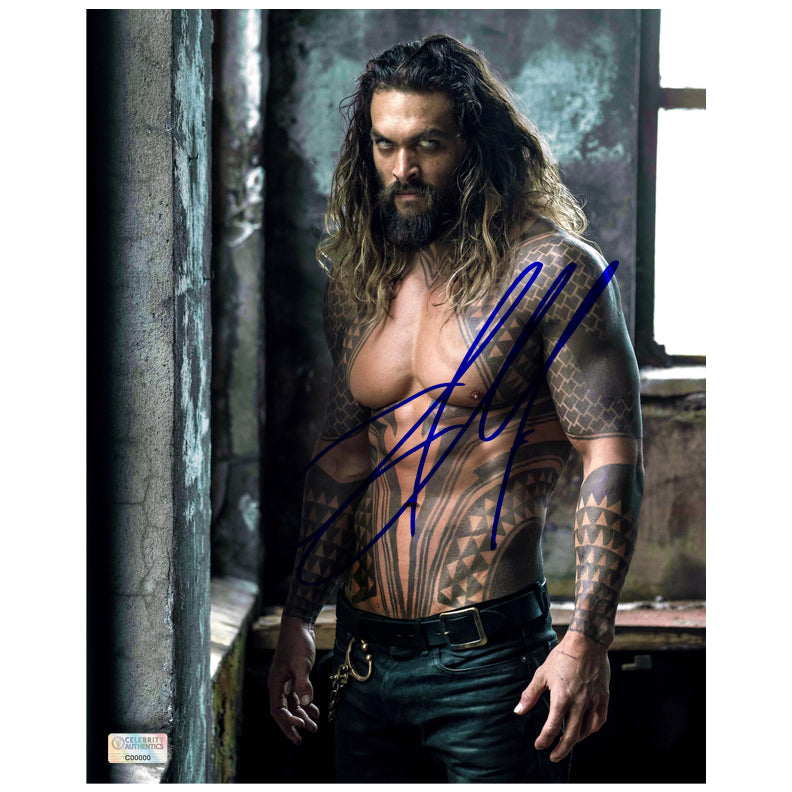 Jason Momoa Autographed Justice League Aquaman 8x10 Photo
