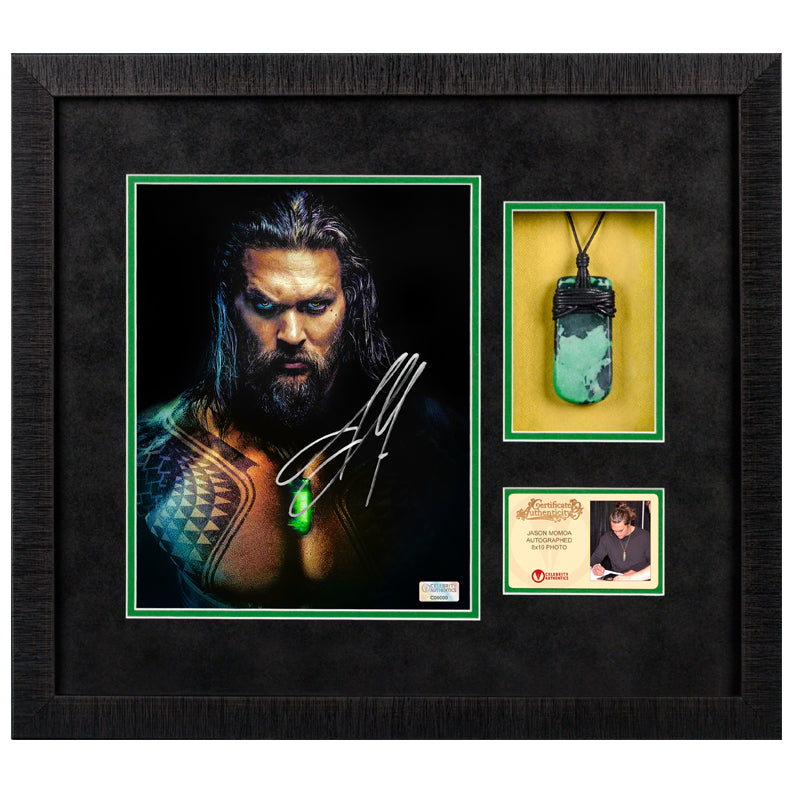 Jason Momoa Autographed 2019 Aquaman 8x10 Photo With Aquaman Pendant Framed Display