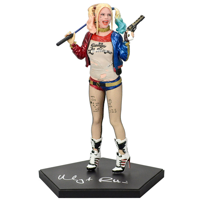 Margot Robbie Autographed Suicide Squad Harley Quinn 1/10 Scale Art Statue