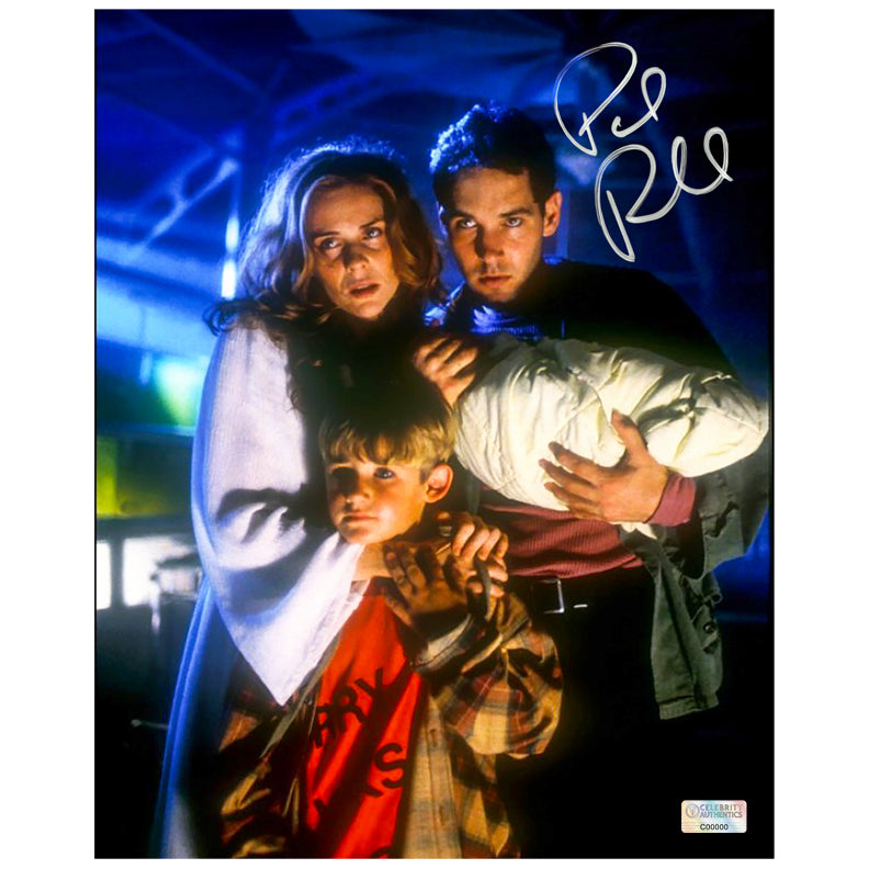 Paul Rudd Autographed Halloween: The Curse of Michael Myers 8×10 Scene Photo