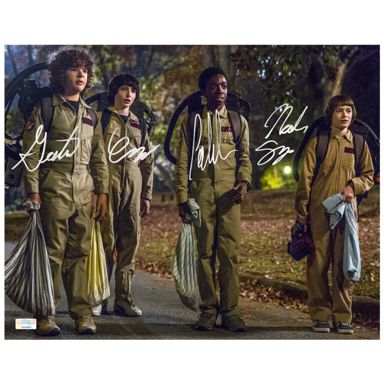 Gaten Matarazzo Caleb McLaughlin Finn Wolfhard Noah Schnapp Autographed Stranger Things Halloween 11x14 Photo