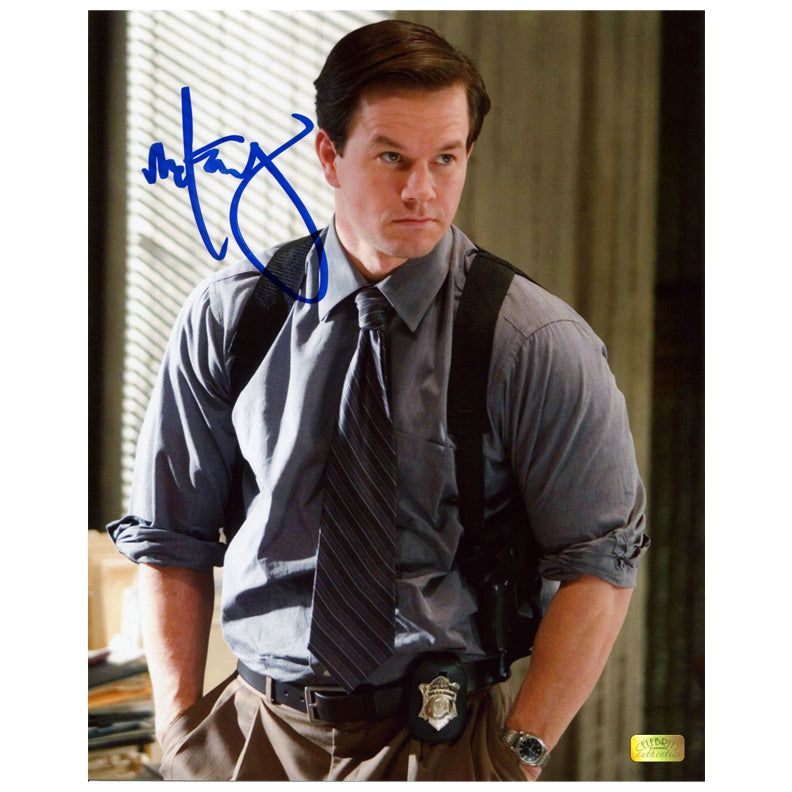 Mark Wahlberg Autographed The Departed Dignam 8x10 Photo