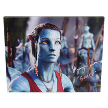 Load image into Gallery viewer, Sigourney Weaver Autographed Avatar Dr. Grace Augustine NaVi Gallery Edition 16x20 Canvas