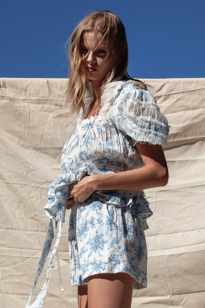 Counting Clouds - Blouse in Sunday Blue