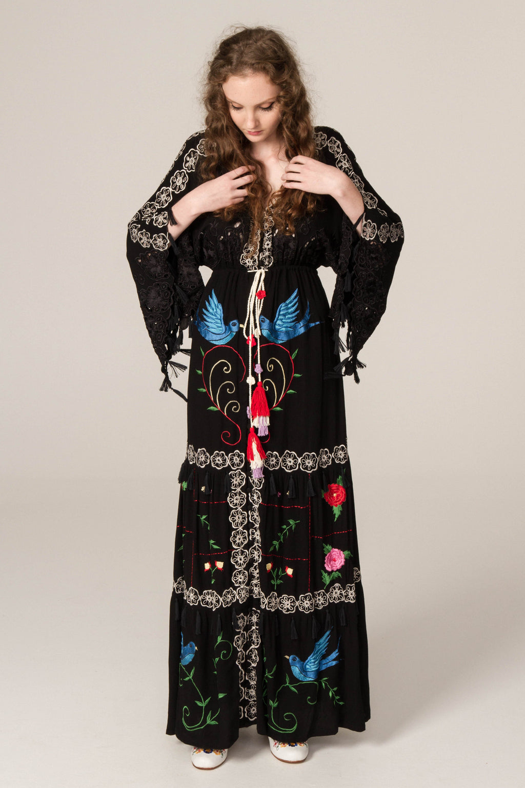 FILLYBOO - 'HEART ON THE FLOOR' - HAND EMBROIDERED DUSTER - BLACK