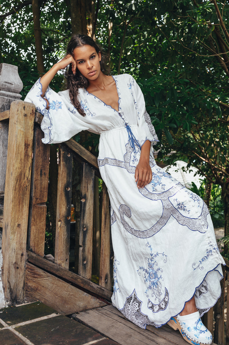 Pretty Poison - Maxi dress/duster