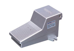 """G 1//4/"""" 2 Way 2 Position Threaded Air Pneumatic Pedal Valve Foot Switch"""