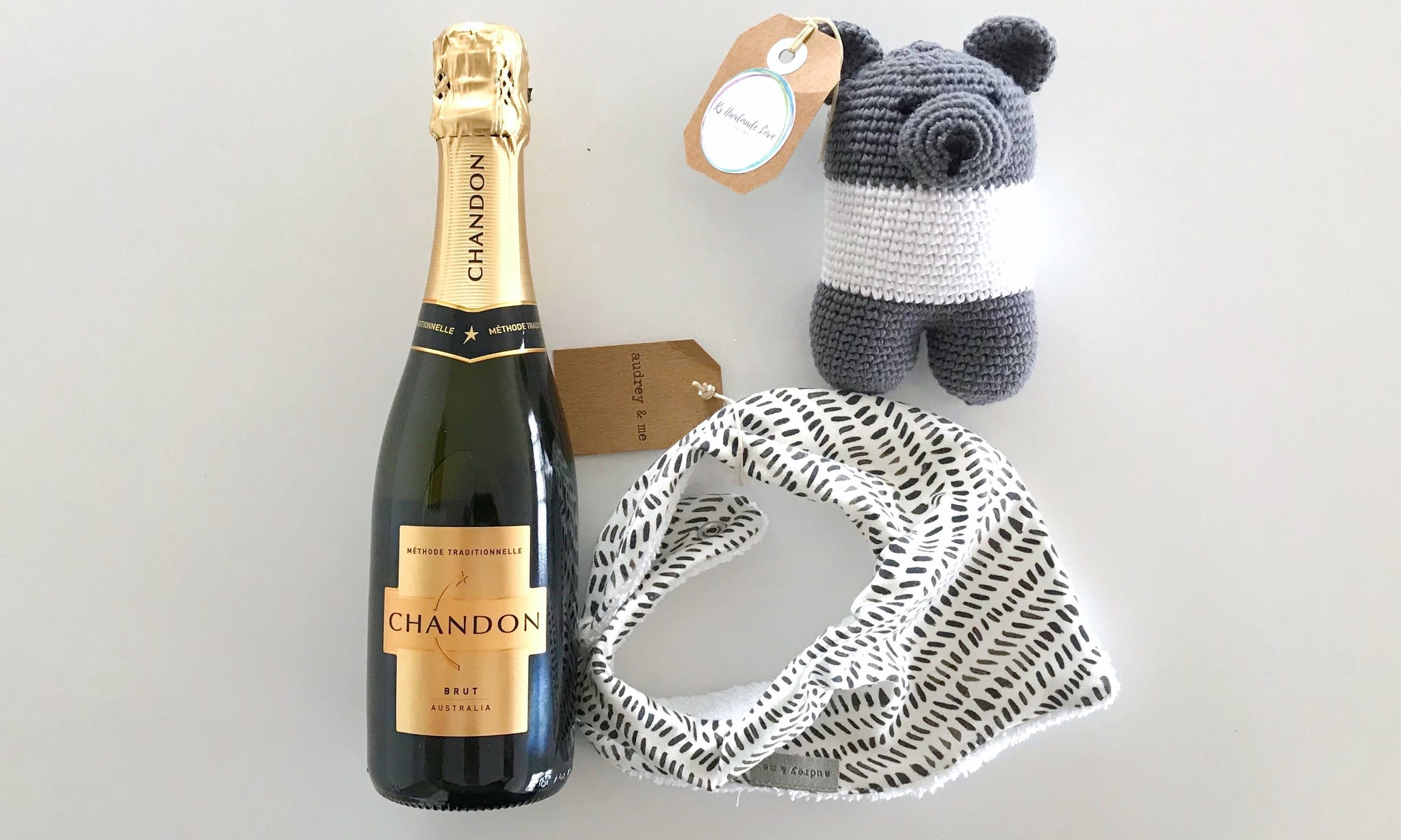 Bespoke bundles stylish baby gift box hampers shipped australia wide bespoke bundles baby gift hampers are thoughtfully created to make mum and baby happy this negle Gallery