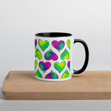 Load image into Gallery viewer, Blcak mug Psychedelic hearts on a wooden plate