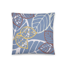 Load image into Gallery viewer, Leaves art pillow by Varanda - 18x18 (in)