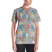 Load image into Gallery viewer, Model wearing the short sleeve t-shirt wishes in the city by Varanda Design
