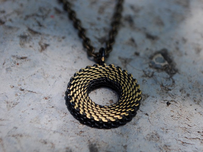 Mesh-Brass-Necklace