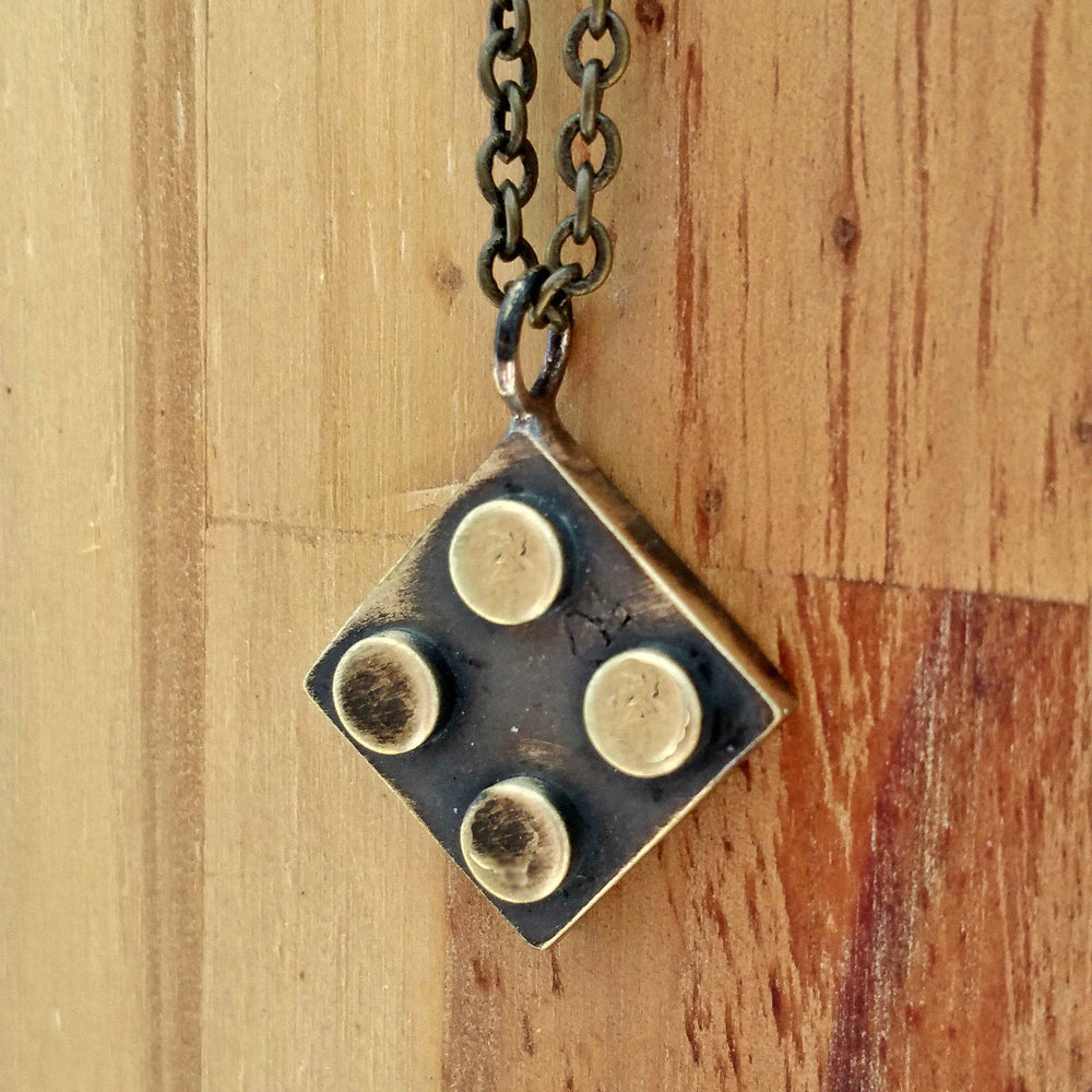 Bricks-2*2-Brass-necklace