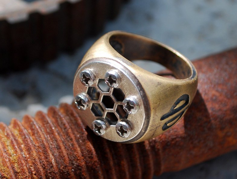 Hex Star 2-Brass-Ring