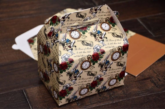Alice in Wonderland Pattern Favor Boxes / Treat Boxes / Gift Boxes