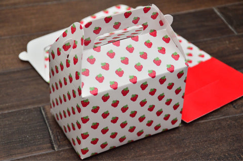 Strawberry Pattern Favor Boxes / Treat Boxes / Gift Boxes