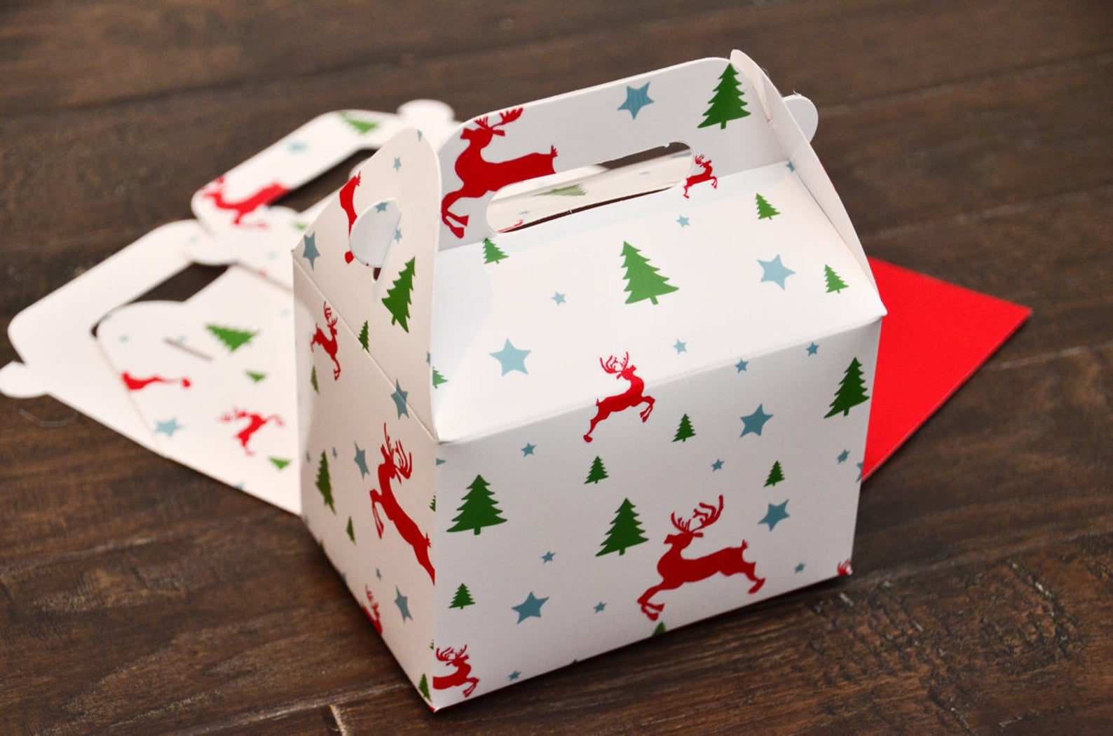 Christmas Tree Reindeer Pattern Favor Boxes / Treat Boxes / Gift Boxes
