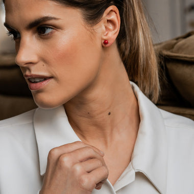 TI SENTO - Milano Earrings 7768CR in use