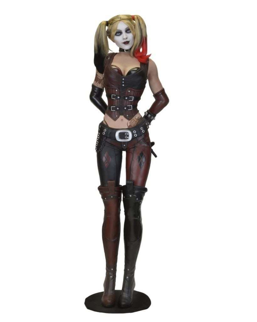 Batman: Life-Size Harley Quinn (Foam Replica) - LM Treasures