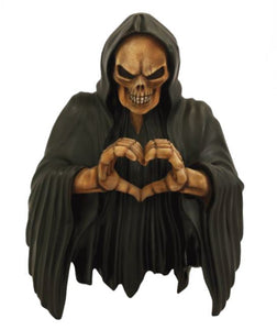 Skeleton with Heart - LM Treasures Life Size Statues & Prop Rental