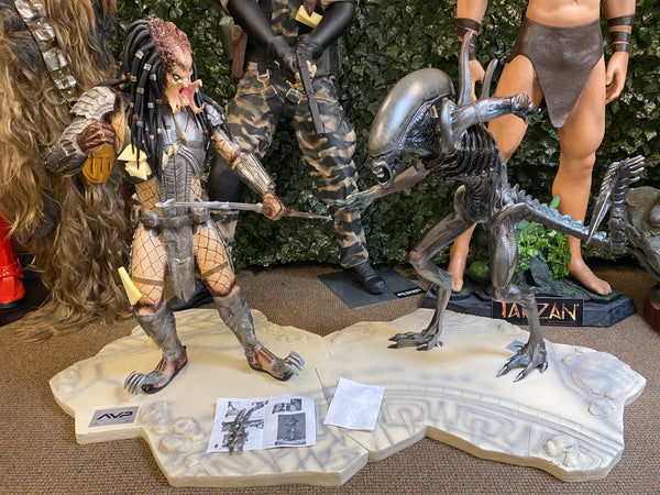 Alien vs Predator 1/2 Scale Statue #89 out of 1500 - LM Treasures Life Size Statues & Prop Rental