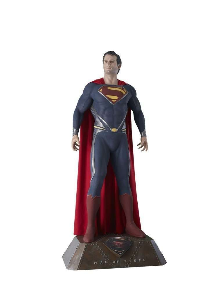 Superman Life Size Statue From Man Of Steel