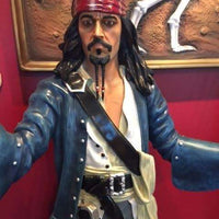 Pirate Captain Jack Sparrow With Gun Life Size Statue Resin Decor - LM Treasures Life Size Statues & Prop Rental