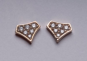DIAMOND SHIELD STUDS YELLOW GOLD